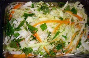 Bắp cải muối cà rốt