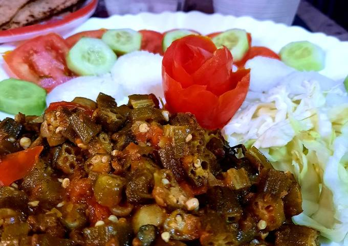 Dum wali masala bhindi