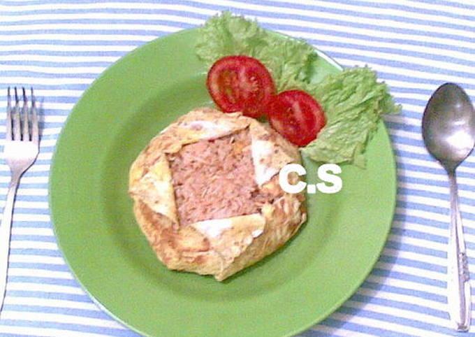 Nasi Goreng Bungkus Telur