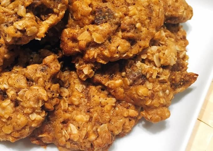 Almond & Fig Oatmeal Cookies