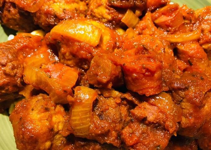 Crockpot Meatball and Pepperoni Pasta Sauce