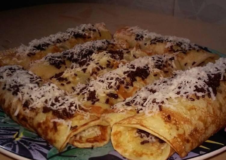 crepes pisang coklat keju foto resep utama Resep Indonesia CaraBiasa.com