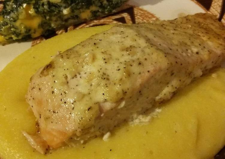Garlic Pepper Baked Salmon, Heart Friendly Foods You Need To Be Eating