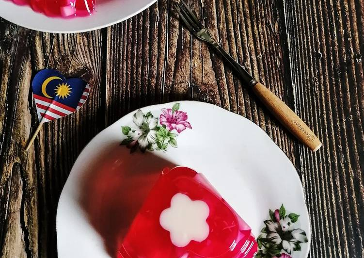 Agar-agar Cermin Bunga Raya - resepipouler.com