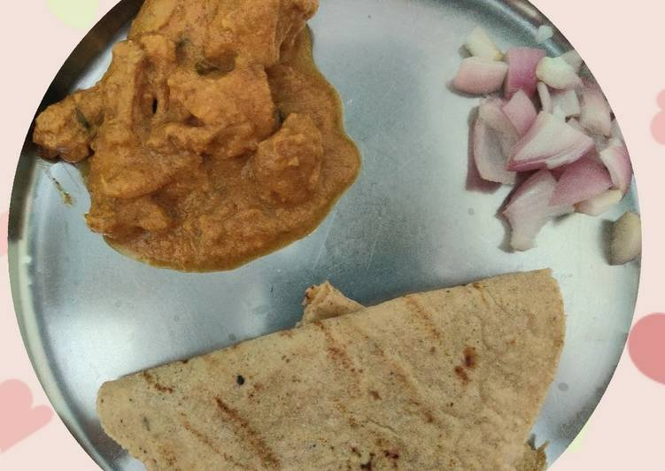 Chicken Curry with Jowar Roti