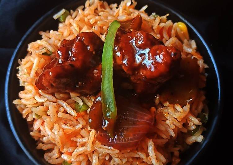 CHILLI CHICKEN and VEG FRIED RICE