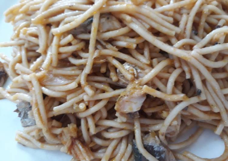 Steps to Make Top-Rated Spagetti with sardine