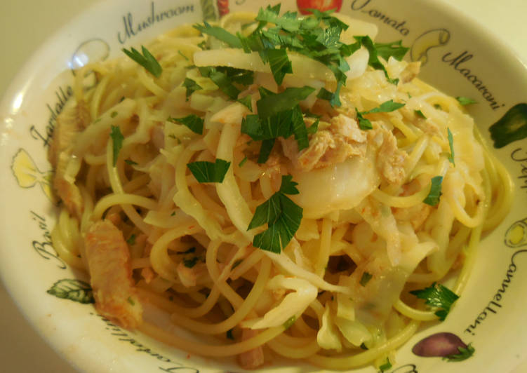 Step-by-Step Guide to Prepare Favorite Tuna & Cabbage Spaghetti Pasta