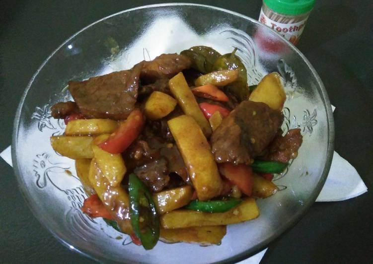 Tumis daging kentang Lombok ijo