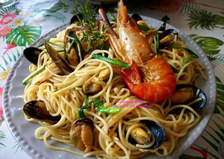 Pâtes (Capellinis) aux Fruits de Mer