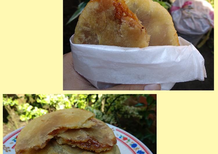 Hotteok (Korean Sweet Pancake)