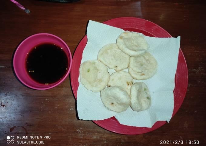 Cireng goreng sambel rujak