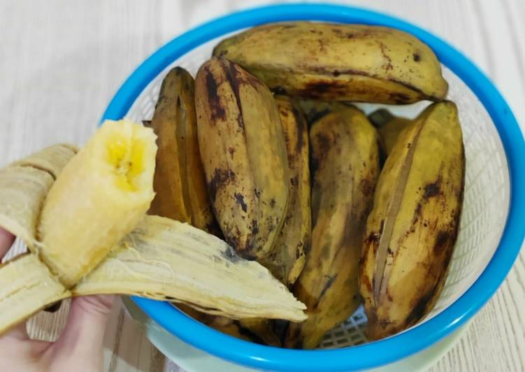 No brainer steamed saba / plantain (this is not a recipe ?)