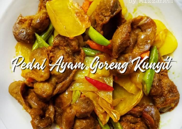 Pedal Ayam Goreng Kunyit - velavinkabakery.com
