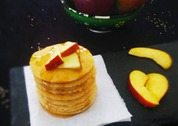 Baked Applesauce Pancakes - Eggless