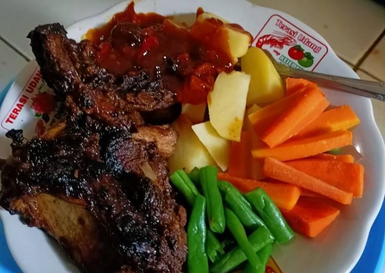 Resep steak daging sapi sederhana yang enak dan empuk