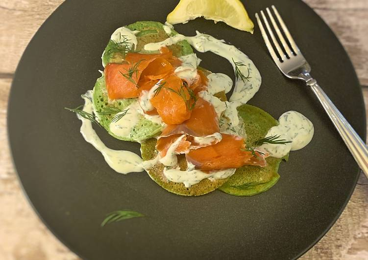 Spinach pancakes, smoked salmon with a creme fraiche and dill