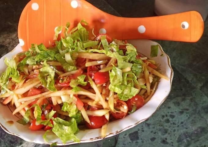 Recipe of Ultimate Healthy Green papaya salad