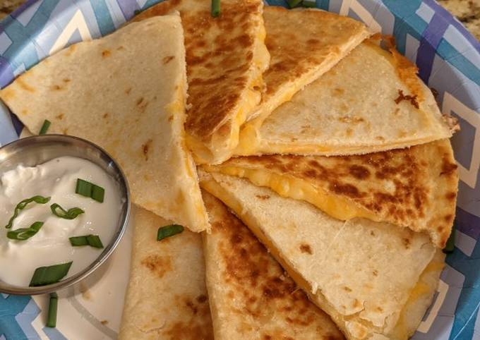 Simple Cheese Quesadilla