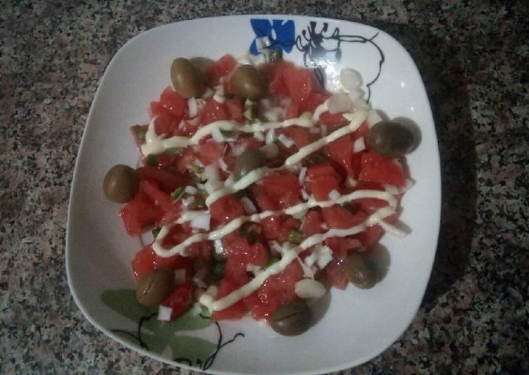 Façon la plus simple Préparer Délicieux Salade tomate