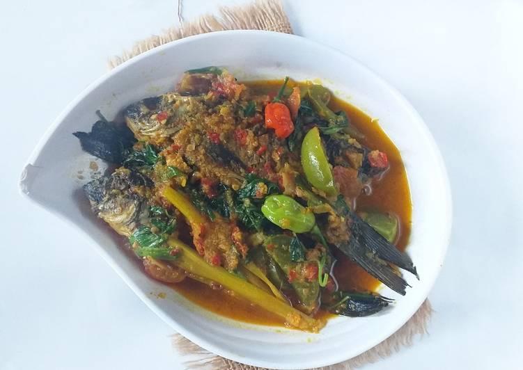 Ikan Mas bumbu woku