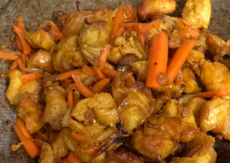 Ayam Goreng Kunyit asal boleh 😍😃 - velavinkabakery.com