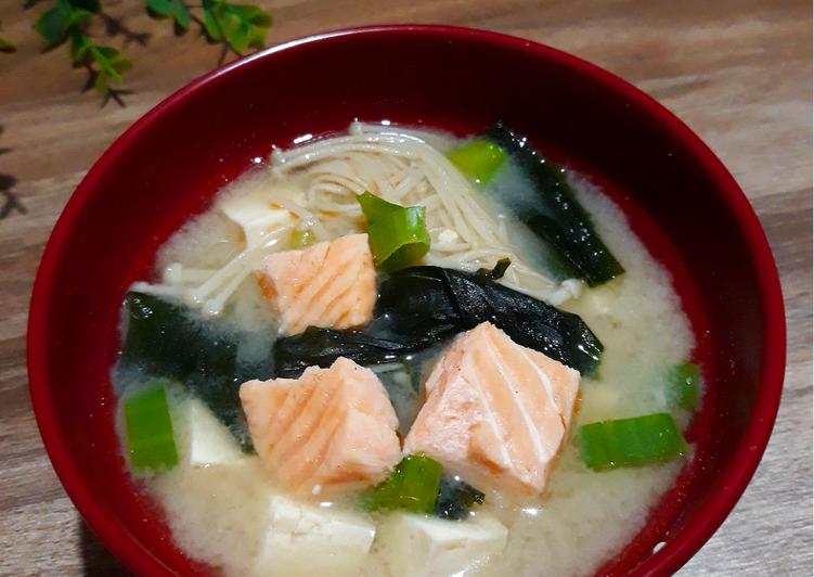 SALMON MISO SOUP ~ Sup Salmon Tauco Jepang