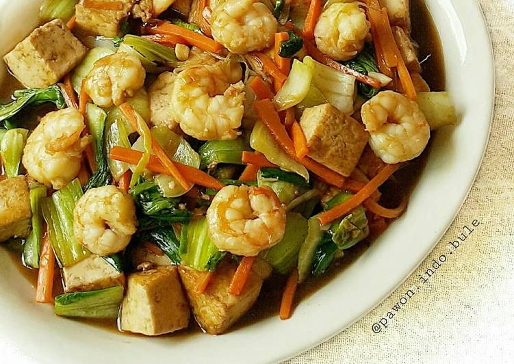Tofu Shrimp Bokchoy Stir Fry in Ginger Sauce