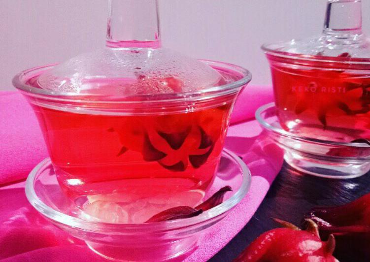 Fresh Rosella Tea