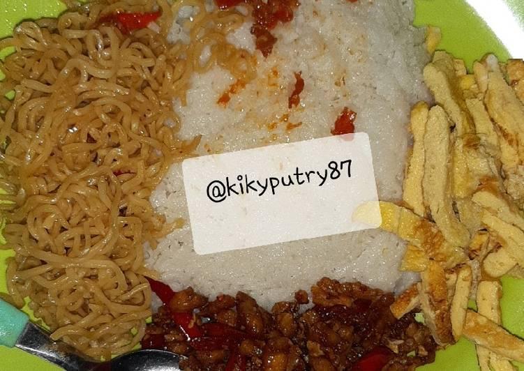 Nasi uduk kampung (jkt) rice cooker
