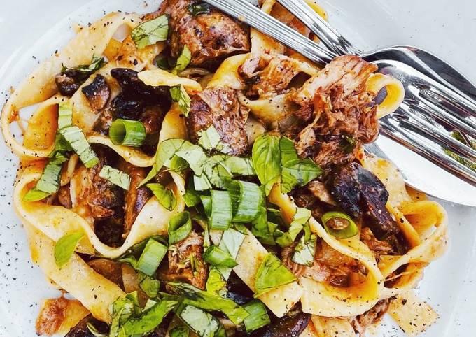 Braised Pork Ragù w/ Mushrooms & Tagliatelle