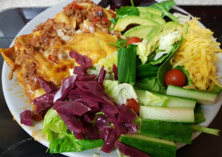 Recipe: Yummy My Cheesey Lasagne & Salad ?