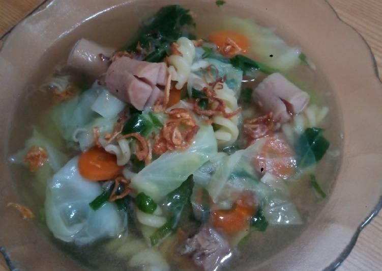 Sup Makaroni Sosis Daging