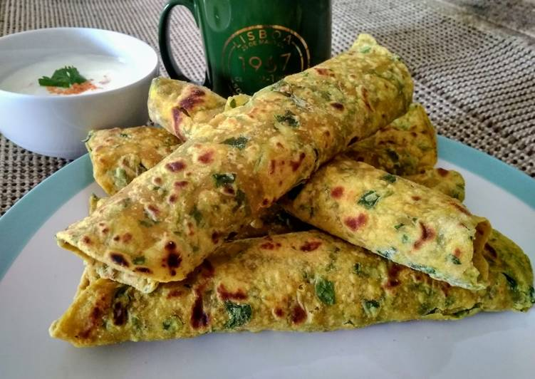 Simple Way to Make Favorite Methi paratha/Thepla