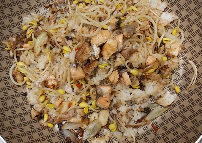 The fragrant mix fried rice