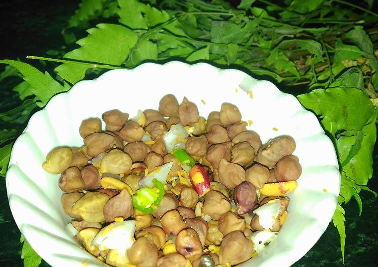 Old Fashioned Dinner Easy Royal Chana chaat