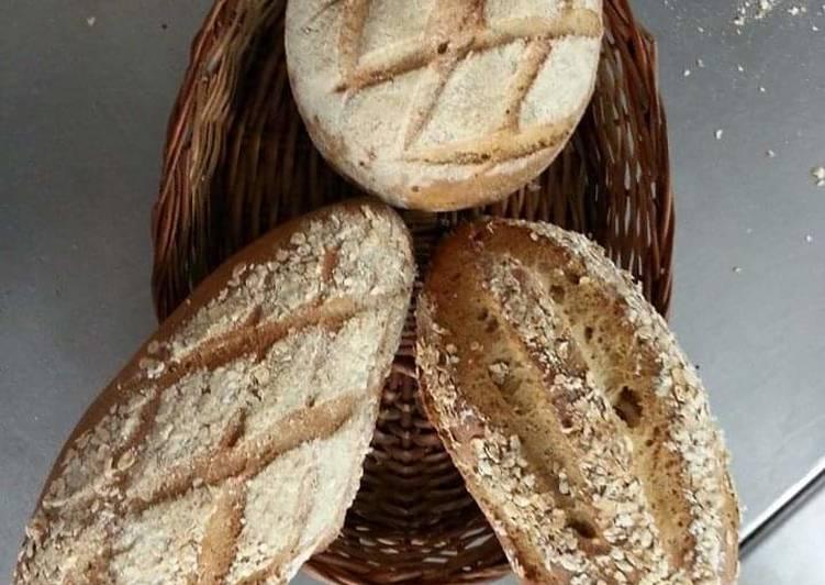 Whole wheat grain bread