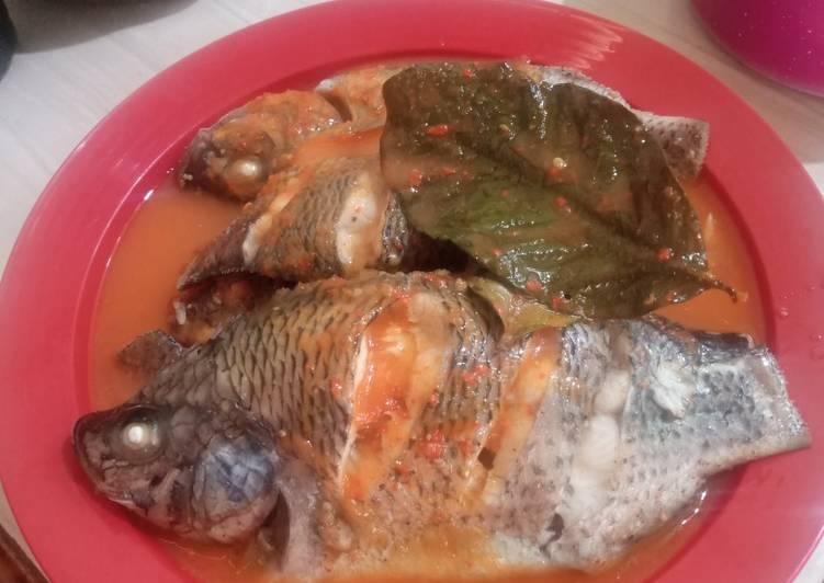 Ikan Nila Kukus saos pedas manis