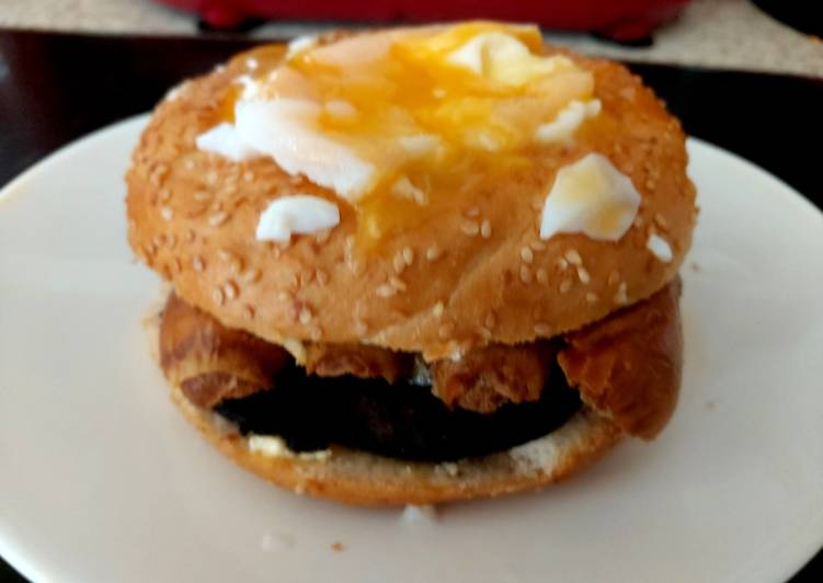 Recipe: Yummy My Black Pudding, Sausage & Poached Egg Sesame Seeded Bagel 🥰