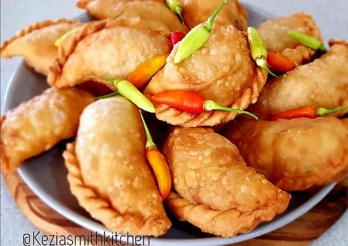 Pastel Goreng (Indonesian Crispy Fried Pies)