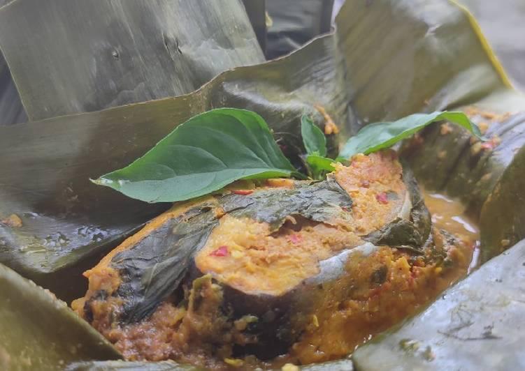 Botok Ikan Patin