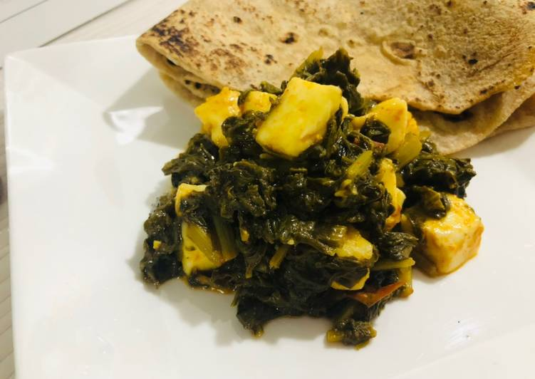 Step-by-Step Guide to Make Any-night-of-the-week Desi Palak paneer