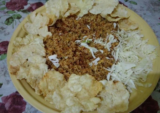 Nasi goreng Emping