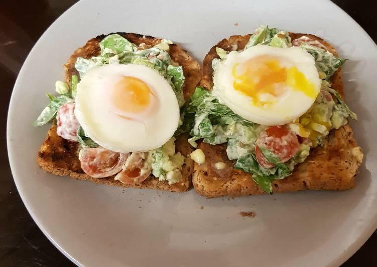 My Avocado +Poached Egg Breakfast.💟