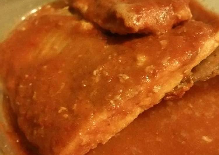 How to Prepare Speedy Roast Salmon with Salsa