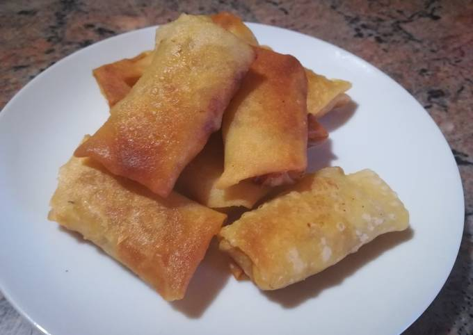 Cheese and corn spring rolls