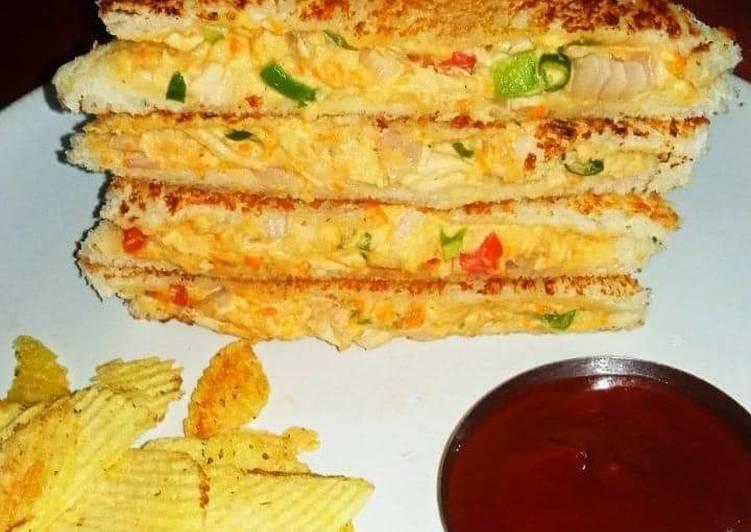 What is Dinner Easy Vegan Chicken Veggie Mayo Sandwich