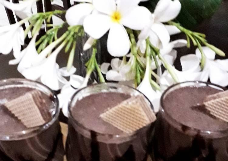 Chocolate oreo vanila ice cream shake