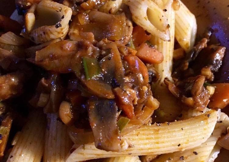 Mushroom Bolognese (vegan)