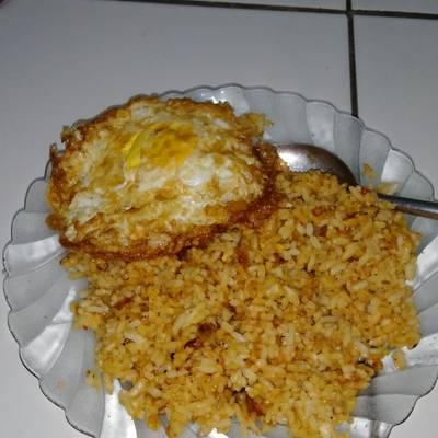 Resep 004 Nasi Goreng Kecap Sederhana Oleh Rismaa Dwi P Cookpad